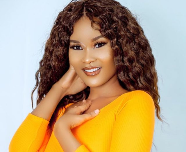 Hamisa Mobetto Bio – Age, Career, Education, Boyfriend, Songs, Net Worth