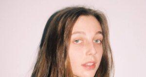Emma Chamberlain Bio, Age, Career, Education, Boyfriend, Net Worth