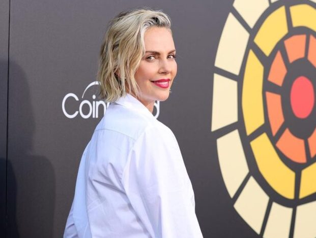 Charlize Theron Biography, Net Worth, Personal Life, Career Journey